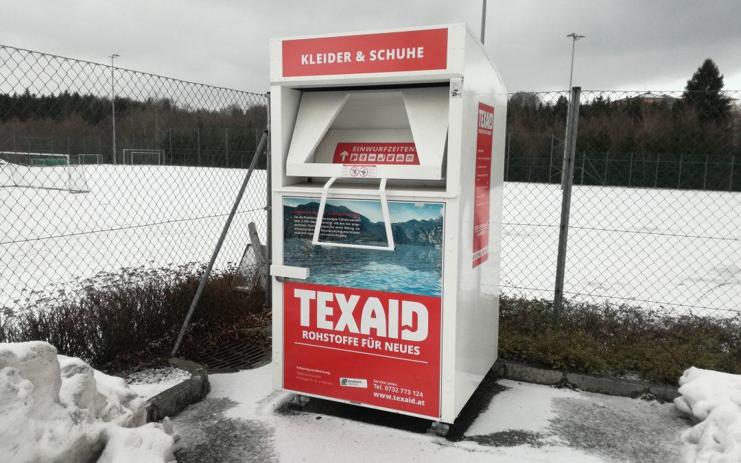 Altkleider-Container am Sportplatz